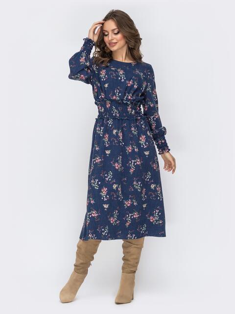 Расклешенное платье с принтом тёмно-синее - 44213, фото 1 – интернет-магазин Dressa