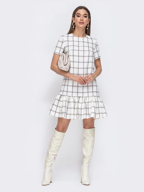 Белое платье в клетку с воланом по низу 44781, фото 1