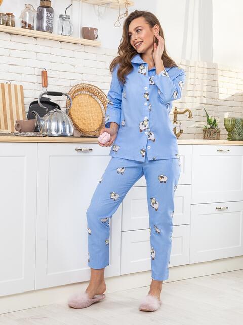 Хлопковая принтоанная пижама из рубашки и брюк голубая - 20422, фото 1 – интернет-магазин Dressa