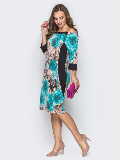 Принтованное платье с открытыми плечами бежевое - 19740, фото 1 – интернет-магазин Dressa