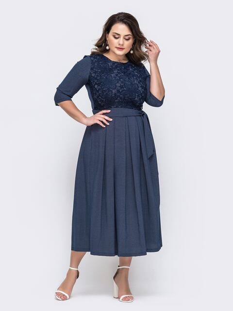 Тёмно-синее платье батал горох с расклешенной юбкой 46433, фото 1