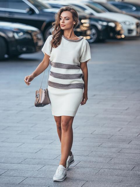 Вязаный комплект бело-бежевого цвета с юбкой - 17055, фото 1 – интернет-магазин Dressa