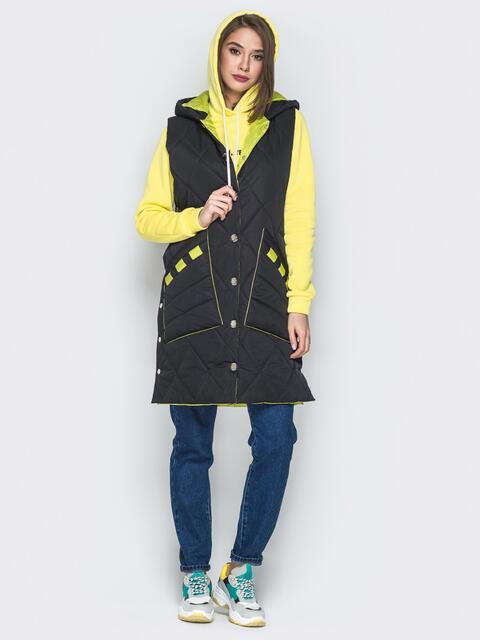Удлиненный жилет с капюшоном и накладными карманами чёрный - 20258, фото 1 – интернет-магазин Dressa