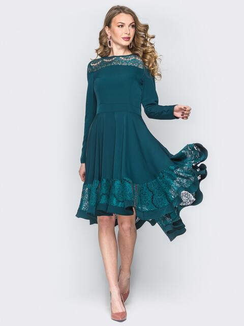 Зелёное платье приталенного кроя с гипюровыми вставками - 20180, фото 1 – интернет-магазин Dressa