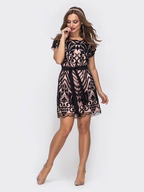 Двухслойное платье с пайетками на фатине пудровое - 46659, фото 1 – интернет-магазин Dressa