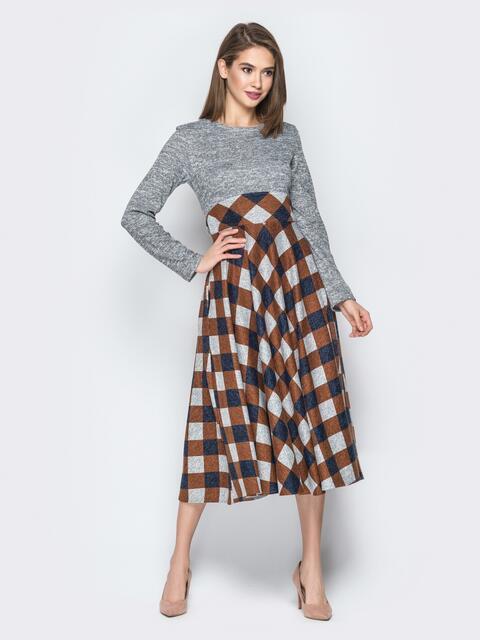 Коричневое платье с юбкой-клёш и вшитым поясом - 19635, фото 1 – интернет-магазин Dressa