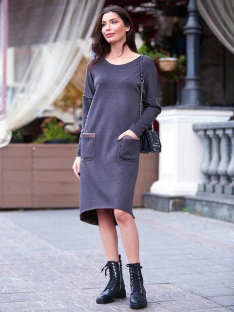 Теплое платье в спортивном стиле с необработанными краями коричневое - 17279, фото 1 – интернет-магазин Dressa