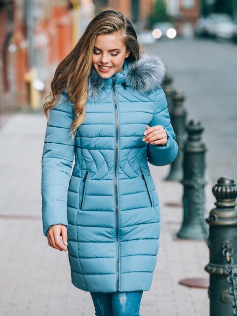 Зимняя куртка голубого цвета с отстёгивающимся капюшоном - 15225, фото 1 – интернет-магазин Dressa