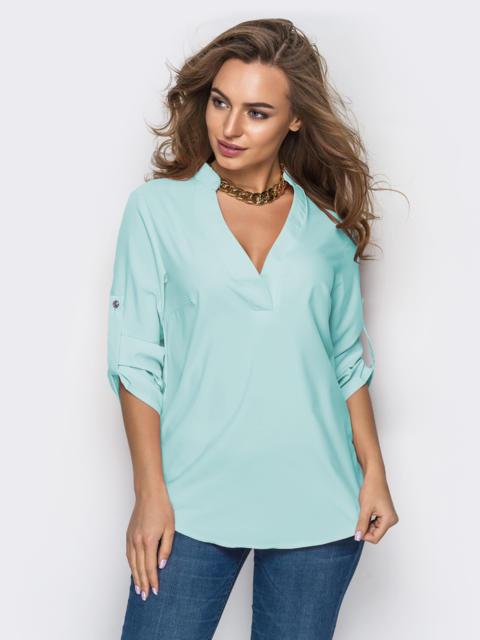 Голубая блузка свободного кроя с открытой планкой - 48897, фото 1 – интернет-магазин Dressa
