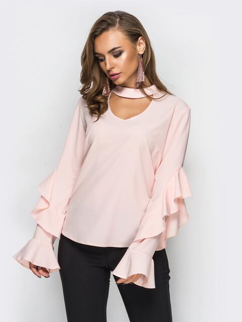 ced77439782 Розовая блузка с воланами на рукавах и имитацией чокера - 12258