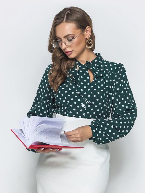 Зеленая блузка в горох с воротником-аскот - 39851, фото 1 – интернет-магазин Dressa