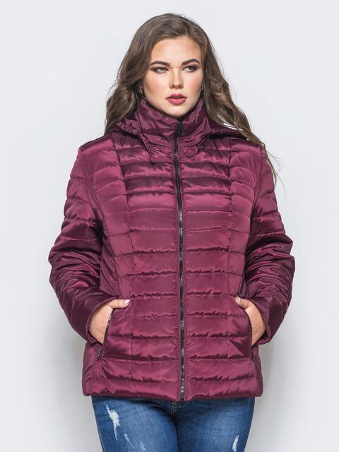 Бордовая демисезонная куртка батал с съемным капюшоном - 14713, фото 1 – интернет-магазин Dressa