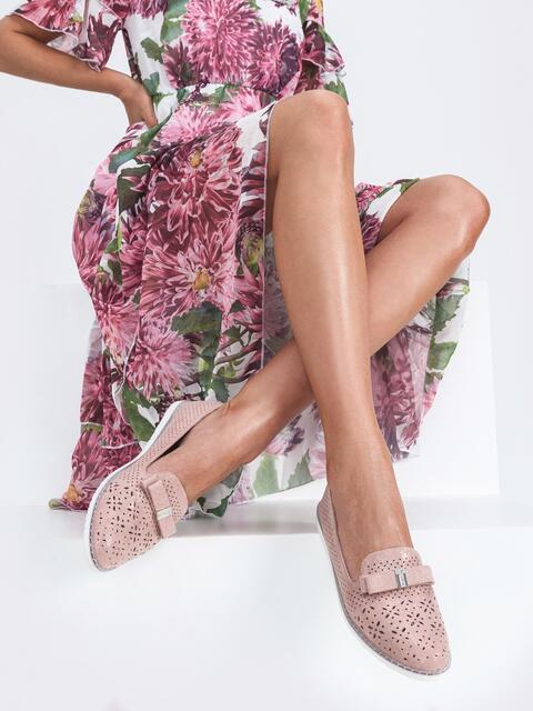 Балетки из искусственной кожи с перфорацией пудровые - 45486, фото 1 – интернет-магазин Dressa