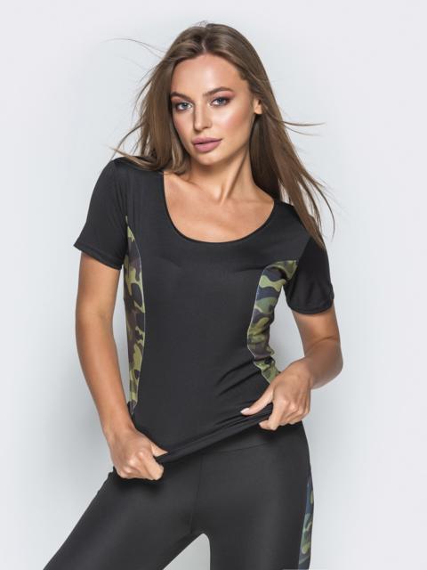 Черная футболка с камуфляжными вставками по бокам - 38838, фото 1 – интернет-магазин Dressa