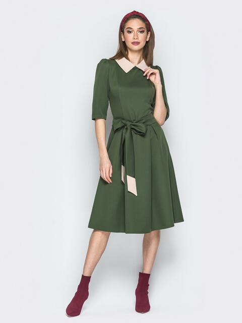 Зелёное платье с расклешённой юбкой и отложным воротником - 19692, фото 1 – интернет-магазин Dressa