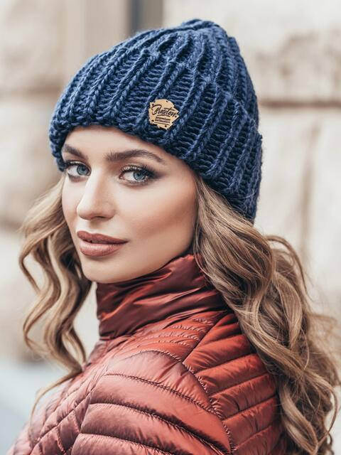 Темно-синяя шапка «резинка» с отворотом - 15462, фото 2 – интернет-магазин Dressa