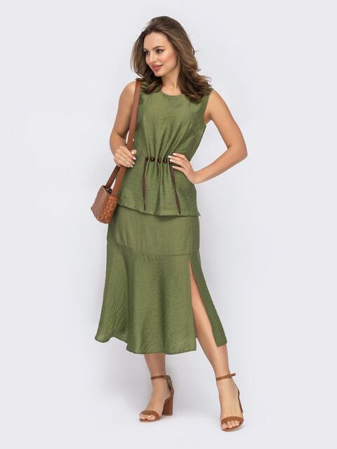 Костюм цвета хаки из блузки и юбки с разрезом 53676, фото 1