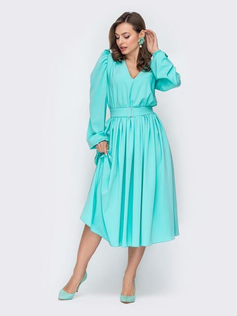 Мятное платье расклешенного кроя из софта с поясом 53538, фото 1