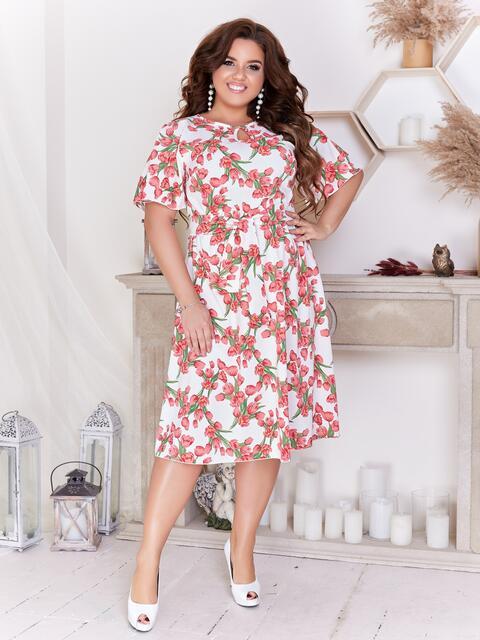 Расклешенное платье батал с цветочным принтом белое - 47706, фото 1 – интернет-магазин Dressa