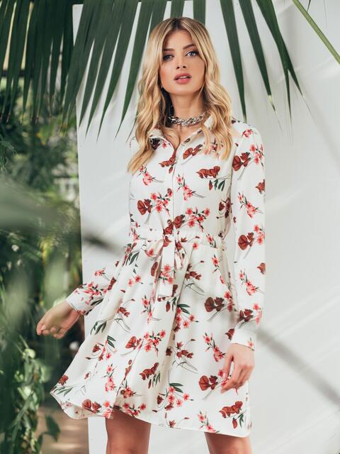 Платье с принтом и кулиской по талии белое - 45442, фото 1 – интернет-магазин Dressa