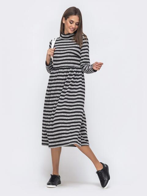 Приталенное платье в полоску с воротником-стойкой юбкой черное 40369, фото 1