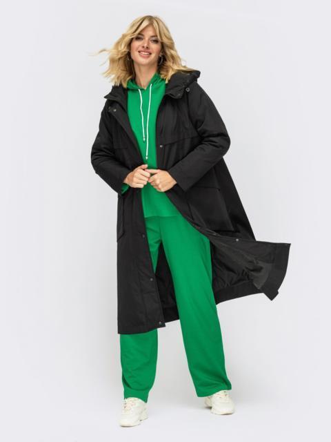 Демисезонная куртка с капюшоном и накладными карманами черная 54982, фото 1