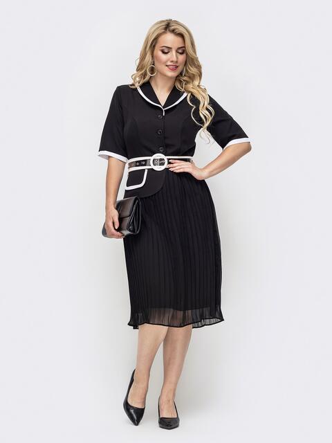 Черное платье с юбкой-плиссе и контрастной окантовкой 50968, фото 1