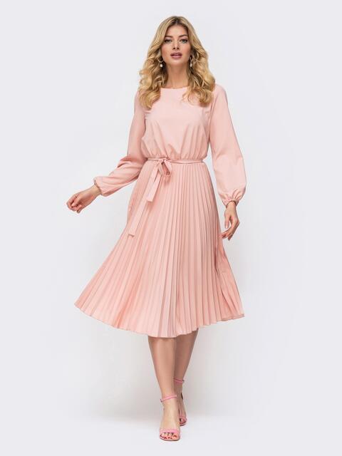 Платье розового цвета с юбкой-плиссе 45866, фото 1