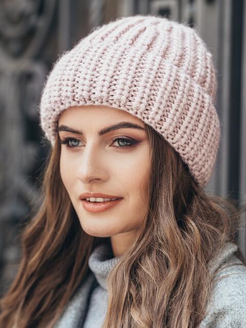 Вязаная шапка утепленная флисом розовая 15619, фото 1