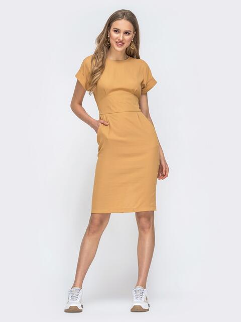 Приталенное платье с карманами желтое 45830, фото 1