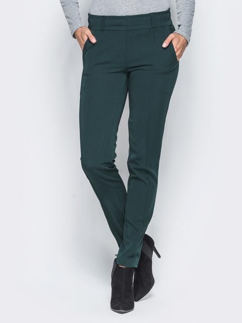 Зеленые брюки с отстроченными стрелками - 15724, фото 1 – интернет-магазин Dressa