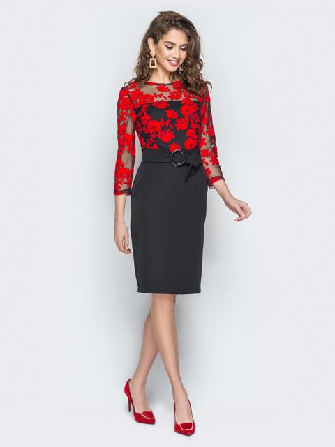 Черное платье отрезное по талии с красной вышивкой - 19239, фото 1 – интернет-магазин Dressa