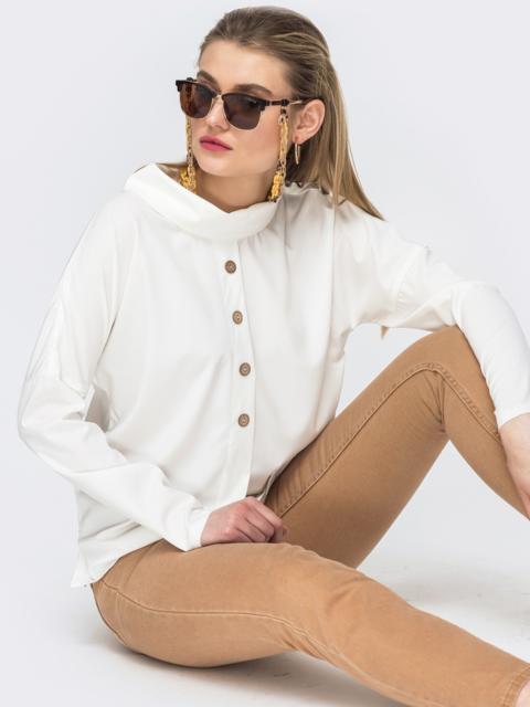Блузка молочного цвета с воротником-хомут - 45643, фото 1 – интернет-магазин Dressa