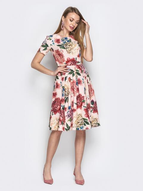 Пудровое платье с цветочным принтом и юбкой-клёш - 20960, фото 1 – интернет-магазин Dressa