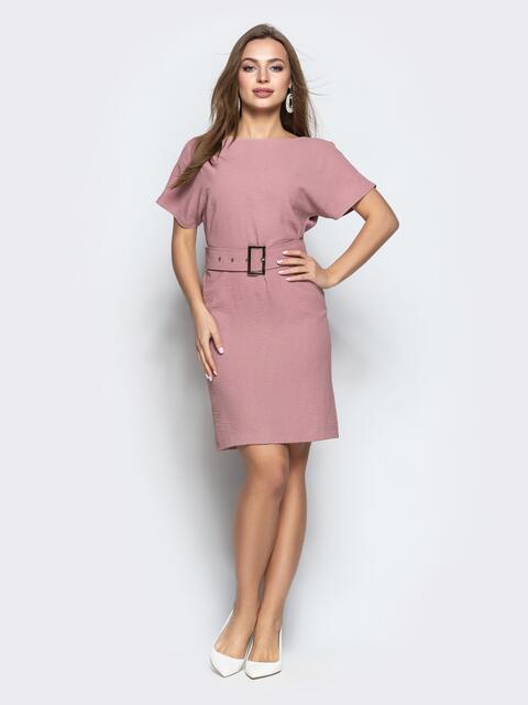 Приталенное платье с V-вырезом по спинке и поясом пудровое 21681, фото 1