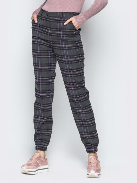 Серые брюки в крупную клетку из костюмной ткани - 18742, фото 1 – интернет-магазин Dressa