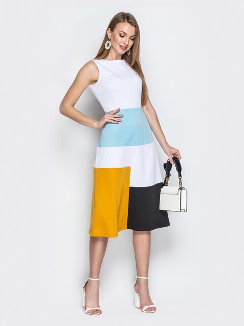 Белое платье приталенного кроя с контрастными вставками - 20491, фото 1 – интернет-магазин Dressa