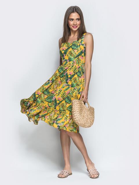 Приталенный сарафан с принтом и воланом по низу горчичный - 39437, фото 1 – интернет-магазин Dressa