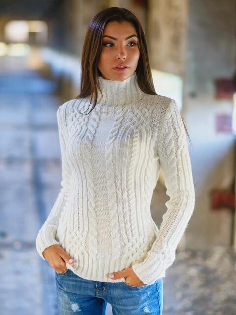 Свитер молочного цвета с воротником-стойкой - 12985, фото 1 – интернет-магазин Dressa