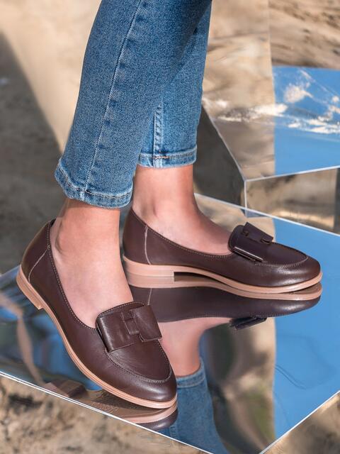 Коричневые туфли-лоферы из натуральной кожи - 41630, фото 1 – интернет-магазин Dressa