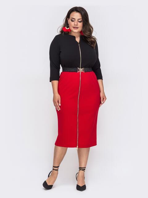 Приталенное платье батал на молнии красное 49871, фото 1