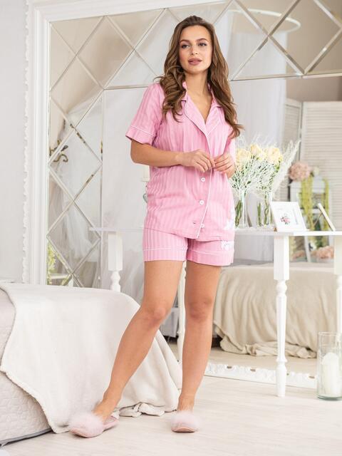 Розовая пижама с нашивкой на топе и шортах - 20448, фото 1 – интернет-магазин Dressa