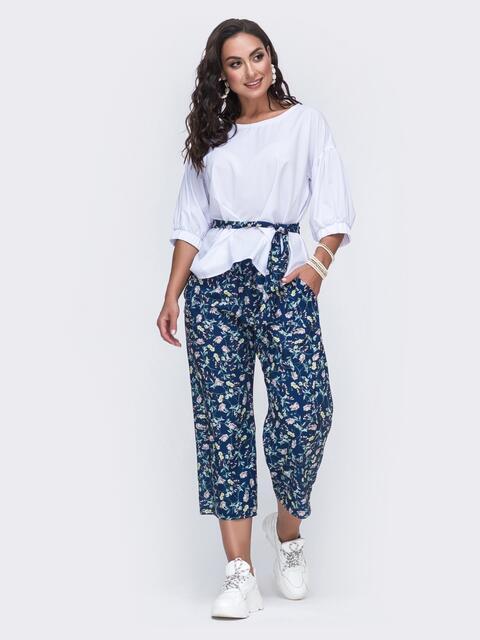 Темно-синий костюм батал в цветочный принт с брюками - 49989, фото 1 – интернет-магазин Dressa
