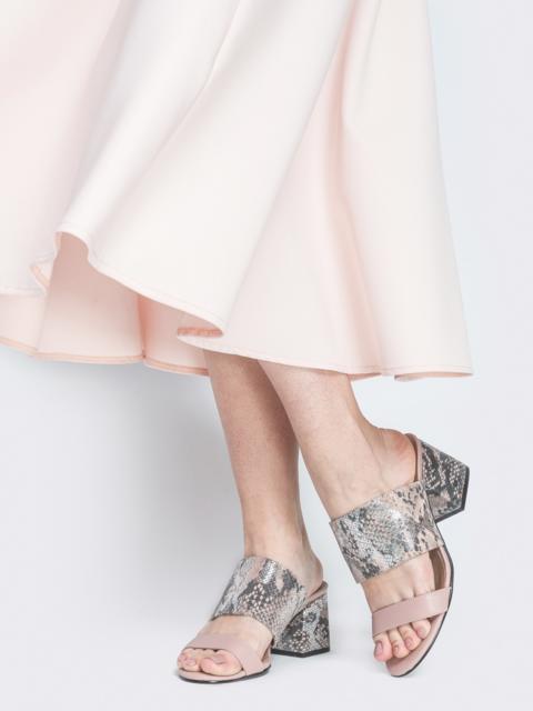 Бежевые босоножки из тисненой кожи на каблуке - 38989, фото 1 – интернет-магазин Dressa