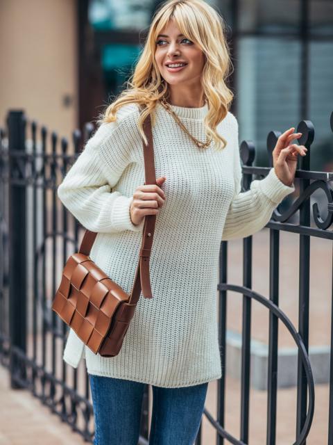 Молочный вязаный свитер с разрезами по бокам 54802, фото 1