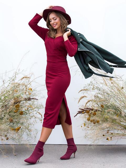 Обтягивающее платье бордового цвета с разрезом - 41032, фото 1 – интернет-магазин Dressa