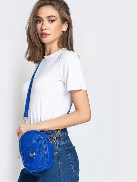 Синяя сумка-таблетка из эко-кожи на ремешке - 20568, фото 1 – интернет-магазин Dressa