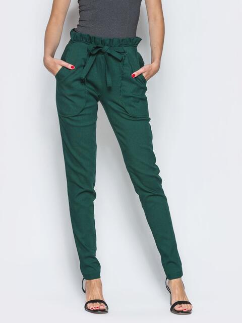 Зелёные брюки с высокой посадкой и оборкой на поясе - 12775, фото 1 – интернет-магазин Dressa