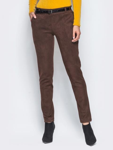Коричневые замшевые брюки с кожаной отделкой на карманах - 15721, фото 1 – интернет-магазин Dressa