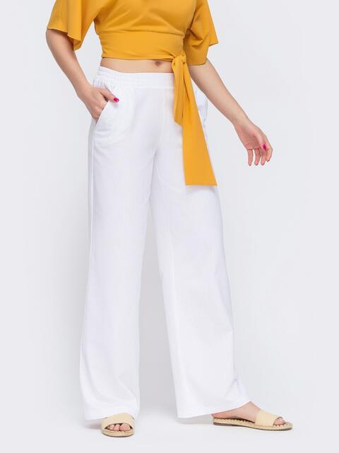 Льняные брюки-клёш с резинкой по талии белые 46889, фото 1